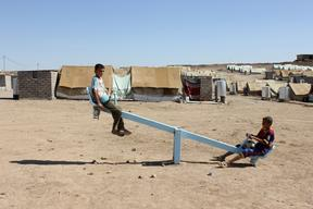2012.10.09.Iraq-Domeez Syrian refugee camp