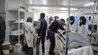 Iraq – Influx of wounded arrive at MSF hospital south of Mosul (INT)