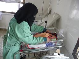 Yemen (northern), in Khamer, MSF in Al-Salam Hospital, Malak Shaher/MSF, February 2013.