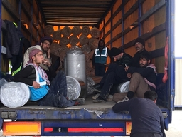 Drugs, medical material, shelters and NFI sent to Syria
