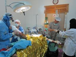 Syria, surgical care to victims of violence, MSF, october 2012.