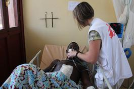 CAR, Further daily violence in the General Hospital in Bangui, Julie Damond / MSF, may 2014.