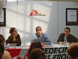 France, Paris, MSF Office, press conference malaria, Andrea Bussotti / MSF, april 2004.