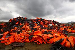 Lesbos lifejackets: Message to the EU
